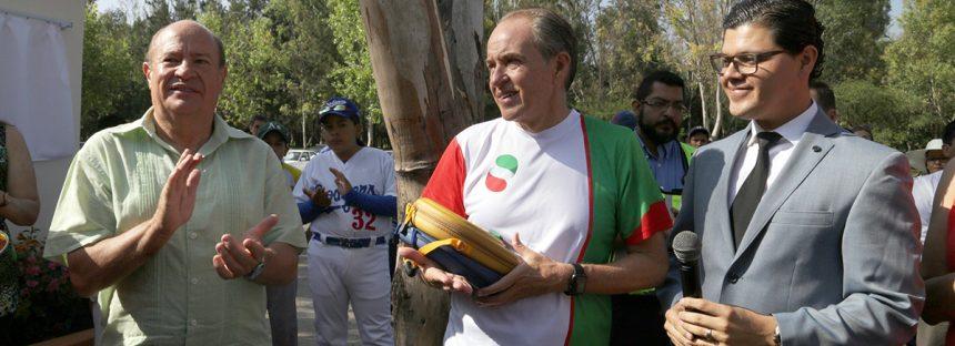 Protegen Yucca potosina en Jardín Botánico El Izotal del parque Tangamanga en San Luis Potosí
