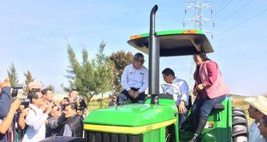 Supera expectativas solicitudes de tractores de Michoacán, A Toda Máquina