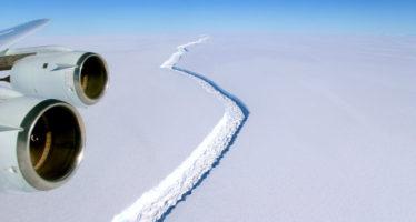 """""""Evento planetario"""": ¿Hacia dónde se dirige el iceberg gigante que 'partió' la Antártida?"""