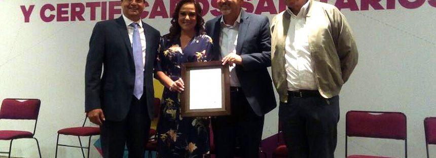 Centro de Producción e Investigación Pesquera y Acuícola El Infiernillo, recibe certificado sanitario de gobierno de México