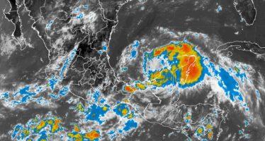¡Alerta! PEMEX no evacuará personal en plataformas y embarcaciones de Sonda de Campeche por Franklin, aunque habrá vientos y mar de fondo en la zona