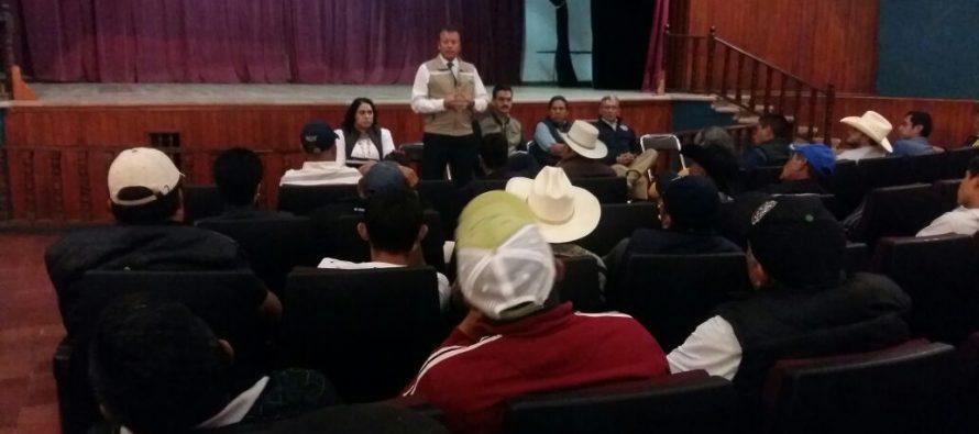 Se lleva a cabo reunión en Pátzcuaro entre autoridades ambientales y productores agrícolas