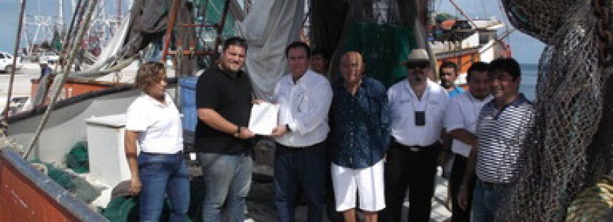Cumple flota camaronera de Campeche con instalación de dispositivos excluidores de tortugas marinas