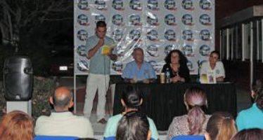 El libro Sal de mangle de la escritora Edith Villavicencio, fue presentado en la UABCS, campus Los Cabos