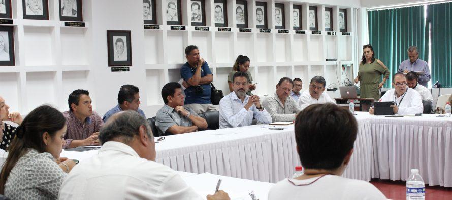 TRABAJAN EN ORDENAMIENTO TERRITORIAL DEL PUERTO DE LÁZARO CÁRDENAS.