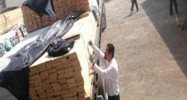 Detienen en la frontera 20.03 metros cúbicos de madera plagada proveniente de Estados Unidos en un embarque de importación por el puente Internacional que une a Matamoros, Tamaulipas con Brownsville, Texas