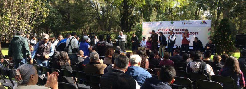 INAUGURACIÓN DE LA 2ª. FERIA Y BAZAR DE ÁRBOLES DE NAVIDAD