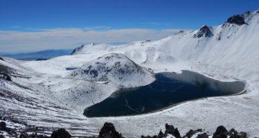 Controlan el acceso vehicular al Nevado de Toluca para protección de turistas este fin de semana