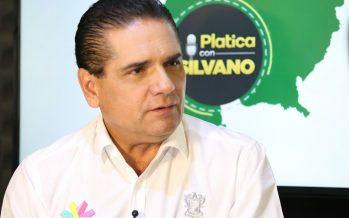 """Inicia """"Platica con Silvano"""", primer programa radiofónico de enlace directo con ciudadanía"""