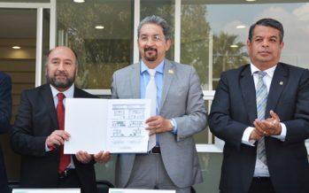 A medio siglo de su fundación, la Facultad de Medicina Veterinaria ha estado presente en el desarrollo sector agropecuario michoacano: Medardo Serna