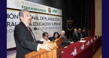 La capacidad científica del país depende del trabajo de las Universidades