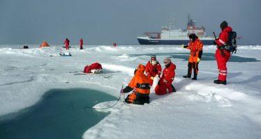 Niveles récord de plástico descubierto en el hielo marino del Ártico