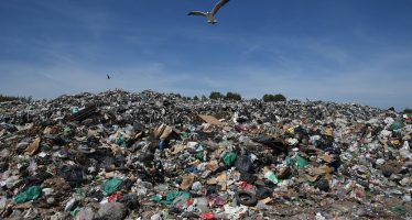 Buenos Aires quemará basura ante el colapso de los vertederos