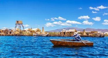Amanecer en el lago Titicaca