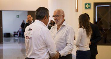 Raúl Morón ofrece certeza jurídica, seguridad y simplificación administrativa a inversionistas