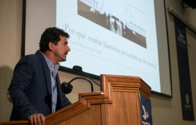 El periodista mexicano Iván Carrillo propone un periodismo de ciencia que aporte al debate