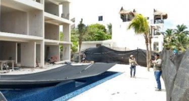 Clausuran proyecto inmobiliario en terreno de 900 m2, en ecosistema de duna costera y matorral costero, en Tulum
