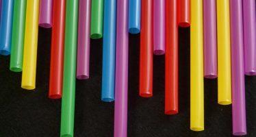 América Latina reacciona al problema de las pajitas plásticas
