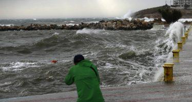 El ciclón tropical mediterráneo Jenofonte comienza a golpear Grecia
