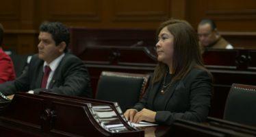 Laura Granados: La rectoría de la educación es responsabilidad de las y los profesores que forman niños y jóvenes con presente y con futuro