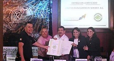 Entregan certificado de calidad ambiental turística a campamento tortuguero