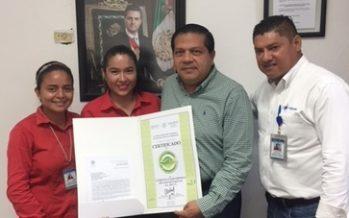 Entregan certificado de calidad ambiental a Cómputo y electrónica de Coatzacoalcos, SA. De C.V.