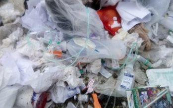 Residuos peligrosos provenientes de hospital en relleno sanitario