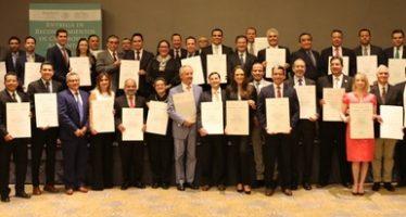 Entregan reconocimiento de compromiso ambiental a 33 organizaciones empresariales