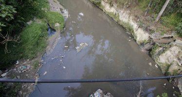 Descontrol en desarrollo urbano y descargas ilegales, principales contaminantes del Atoyac