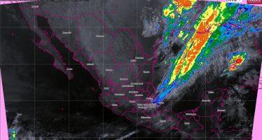 Prevén tormentas fuertes en Oaxaca y lluvias con chubascos en Veracruz, Chiapas, Campeche, Yucatán y Quintana Roo