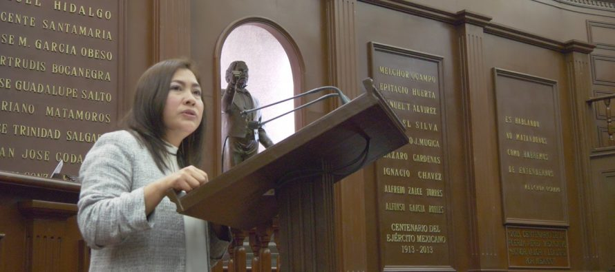 La diputada Laura Granados propone adiciones al Código Penal de Michoacán para evitar la corrupción en remuneraciones