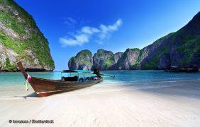 «La playa» de DiCaprio recupera sus arrecifes tras seis meses cerrada a los turistas