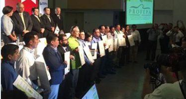 Entregan 15 certificados de industria limpia y calidad ambiental