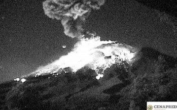 El volcán Popocatépetl registró fuerte explosión