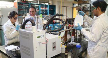 Desarrollan científicos de la UAM metodología para sintetizar moléculas de uso farmacéutico