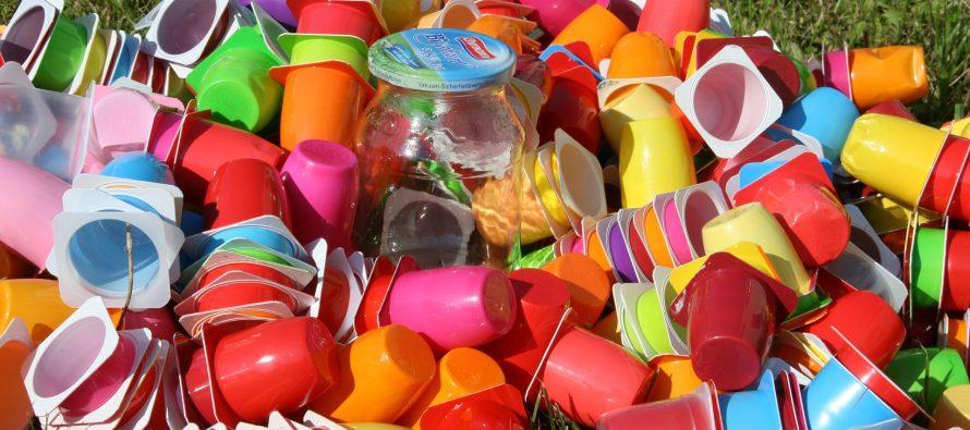 'Retire la película adhesiva y cambie a jabón': 10 maneras fáciles de reducir el uso de plásticos en 2019