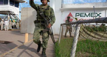 El robo a Pemex financia grupos políticos y empresarios, no sólo criminales