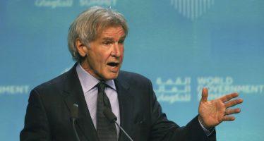 "Harrison Ford arremete contra quienes ""denigran la ciencia"""