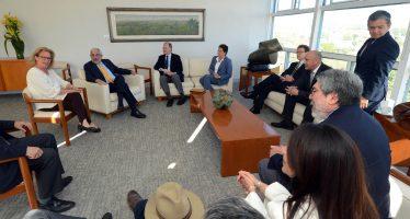 La UNAM y la Semarnat acuerdan atender el problema de proliferación de sargazo, desde altamar