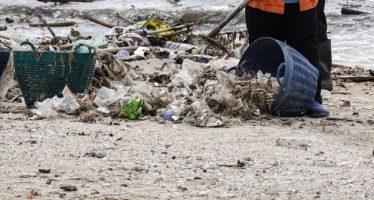Europa declara la guerra a los plásticos con una batería de prohibiciones
