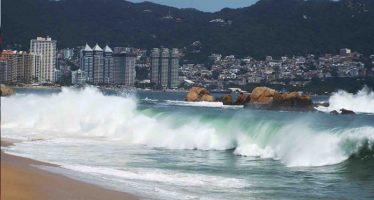 Protección civil informa sobre evento de mar de fondo para las costas de Guerrero