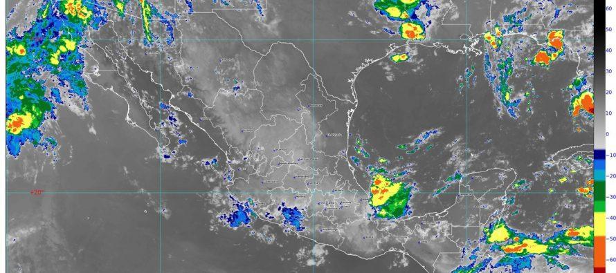 Hoy se prevén lluvias de muy fuertes a intensas con descargas eléctricas y posibles granizo en el sur y el sureste de México