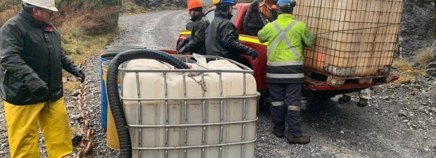 Chile denuncia a la minera que contaminó la Patagonia con 40.000 litros de diésel