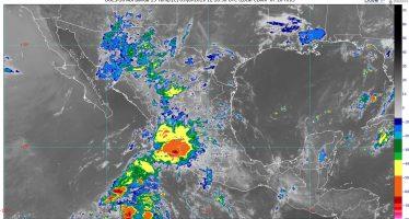 Lluvias muy fuertes con actividad eléctrica y posible granizo se prevén en el norte, el occidente y el sur de México