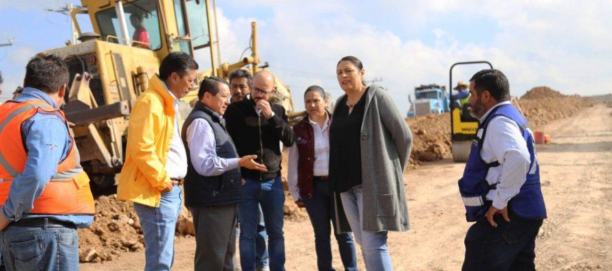 Avance de obra carretera que traerá beneficios a Ezequiel Montes