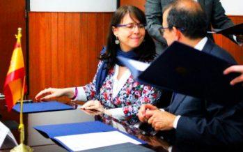 El Conacyt y la Universidad de Sevilla acuerdan cooperación para becas de posgrado