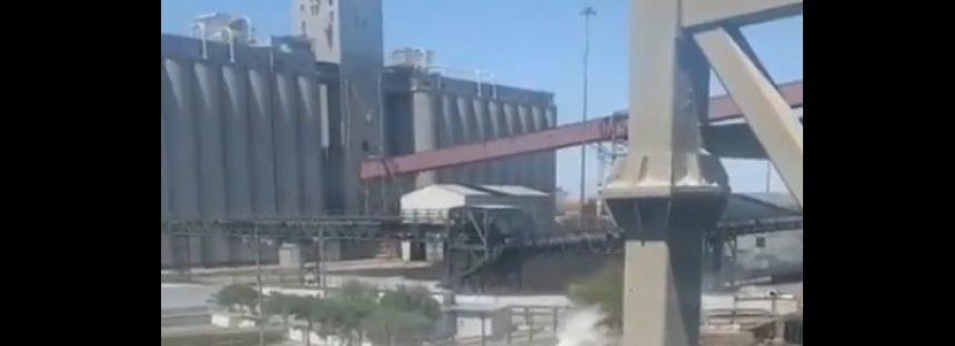 Grupo México derrama 3 mil litros de ácido sulfúrico sobre el Mar de Cortés