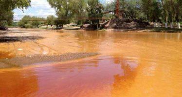 Afectados por derrame tóxico en los ríos Sonora y Bacanuchi quedarán sin atención médica