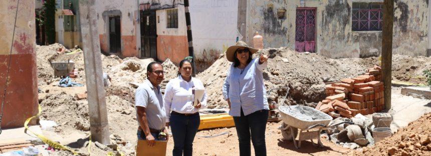 Elvia Montes Trejo supervisa obras de agua de potable en Ezequiel Montes