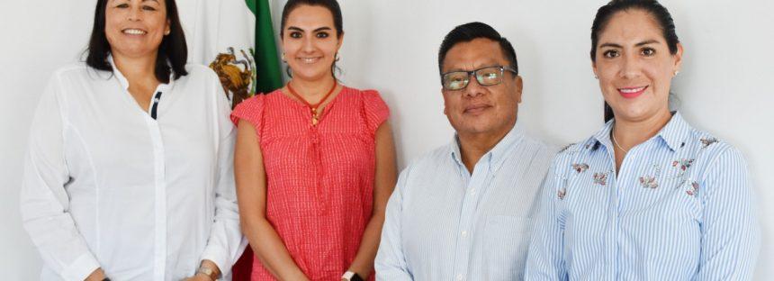 Encabeza Elvia Montes mesa de trabajo con funcionarios de TELECOMM